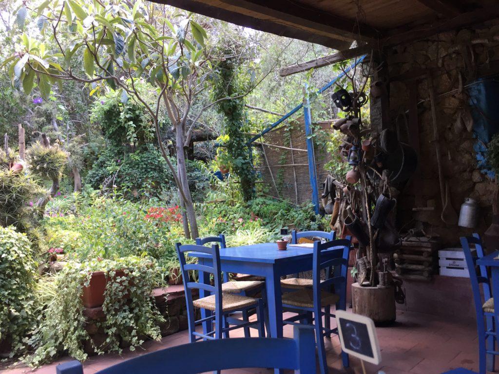 Traumhaft schöne und entspannte Plätze an Land: Sardinien ist voll davon!